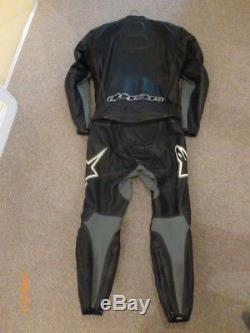 Alpinestar Mens 2 piece Leathers, Jacket US44, EUR 54, Trousers US38, EUR54