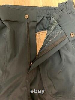 Arcteryx Men's Pants Dark Blue With Black Excellent Condition Sz L