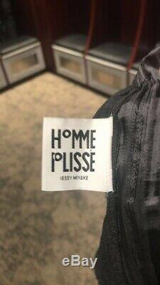 Issey miyake homme plisse Shorts Size 3 Waist 32-34