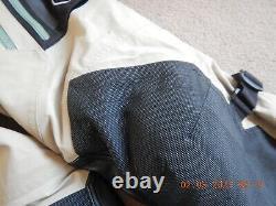Klim Badlands Pro Size 34 Short Gortex Pants, Excellent Condition