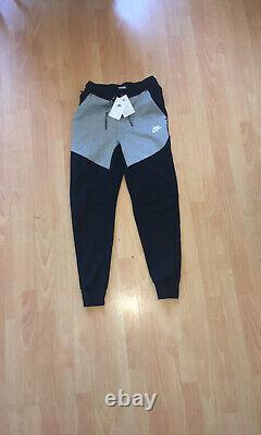 Mens Nike Sportwear Tech Fleece Tracksuit Size XS Black/Grey