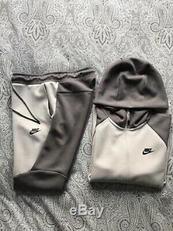 Nike Tech Fleece Tracksuit Hoodie Jogging Bottoms Vast Grey Gunsmoke Black Small
