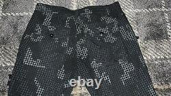 Stone Island Black Grey Pixel Camo Cargo Pants Trousers 34W Very Rare Design